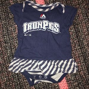 Iron pigs baby outfit ‼️